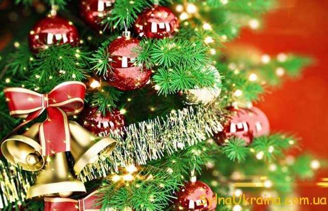 нарядити новорічну ялинку 2019 своїми руками