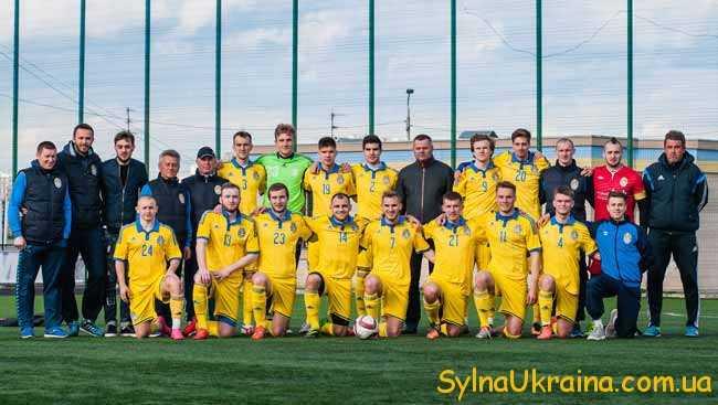 У головному футбольному турнірі України...
