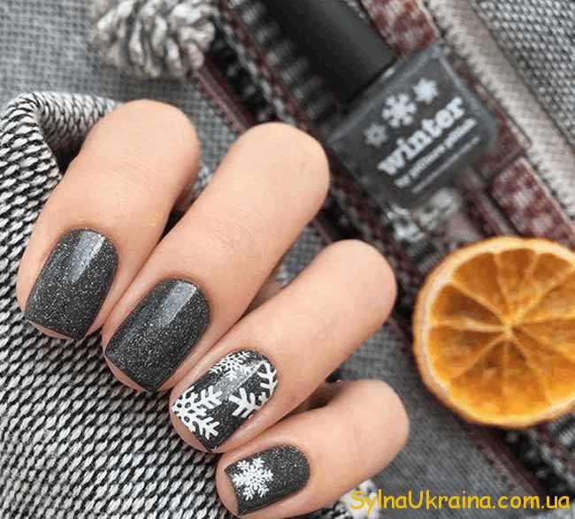 стильний дизайн нігтів