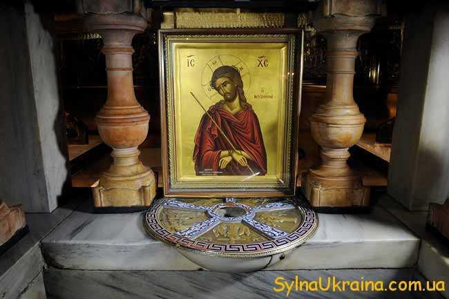 Свою молитву православні присвячують архієпископу єрусалимському Кирилу