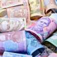 Які фактори впливають на зарплату